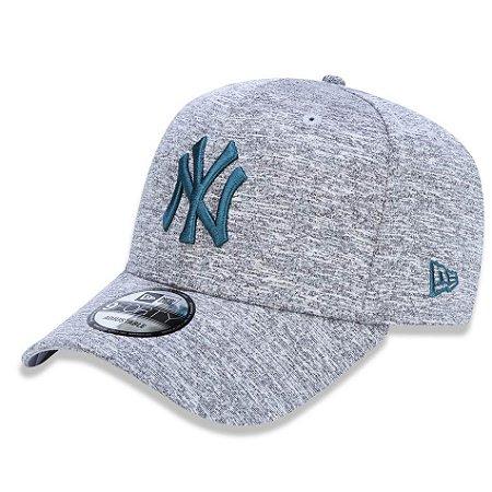 Boné New York Yankees 940 Tech Jersey Cinza Verde - New Era - FIRST ... 4c23cdb51a2