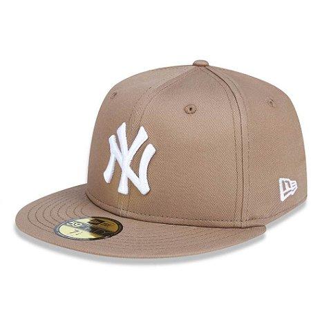 Boné New York Yankees 5950 White on Brown Fechado - New Era