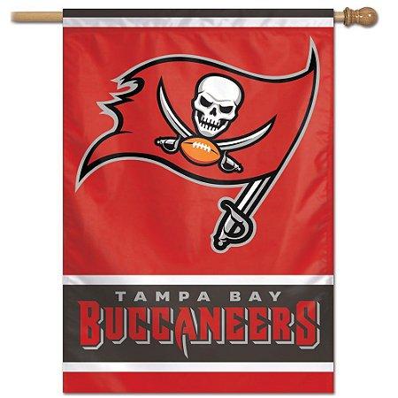 Bandeira Vertical 70x100 Logo Team Tampa Bay Buccaneers