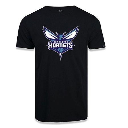 Camiseta New Era Charlotte Hornets Basic Logo NBA Preto