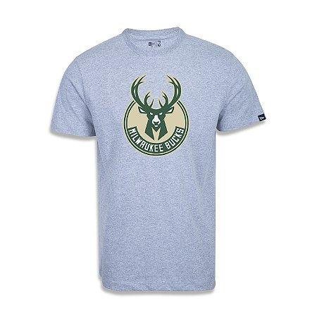 Camiseta New Era Milwaukee Bucks Basic Logo NBA Cinza