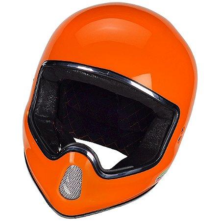 Capacete MOTO X laranja.