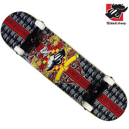 Skate Montado Black Sheep Premium Brasão Vermelho
