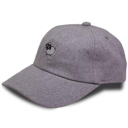 Boné Black Sheep Dad Hat  Ovelha Cinza