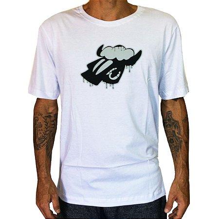 Camiseta Black Sheep Derretendo Branca
