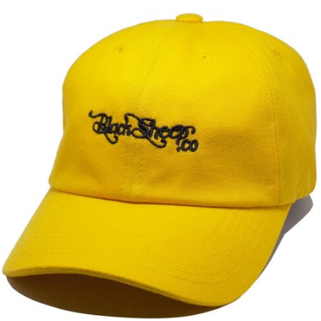 Boné Black Sheep Dad Hat Escrito Amarelo