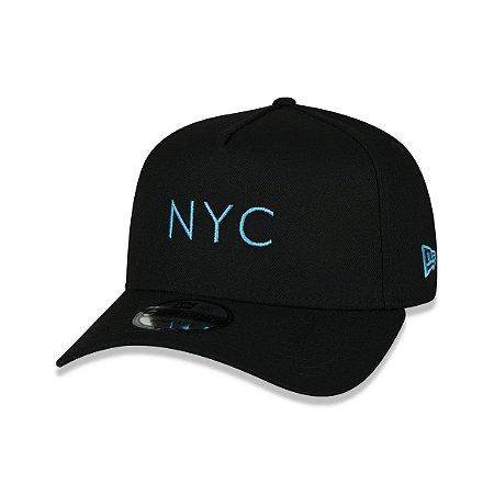 Boné New Era 940 New York City Logo Azul Aba Curva - Preto