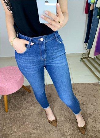 Jeans Skinny Barra Desfiada