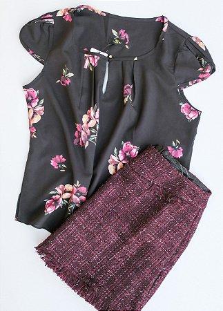 Blusa Floral detalhe Pérola