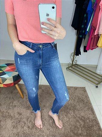 Calça Jeans Skinny Barra Irregular