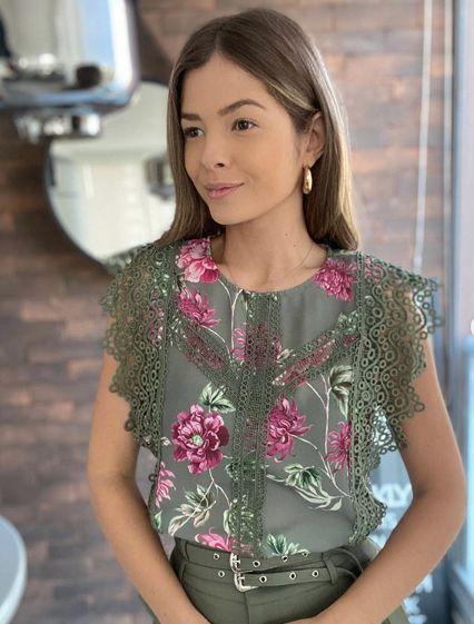 Blusa Floral Guipir