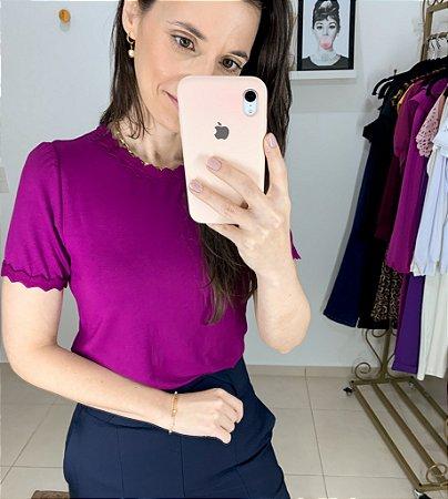 Blusa Malha Detalhes Retilínea - Cores