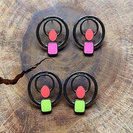 Brinco Círculos Neon Vibes