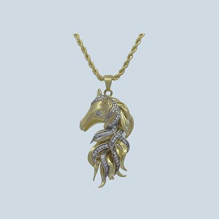 Colar Cabeça de Cavalo com Crina e Pedra