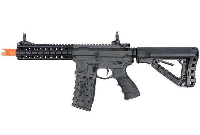 Fuzil Rifle Arma de Airsoft Elétrica G&G CM16 FFR A2