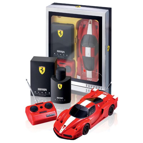 Kit Ferrari Black - Perfume 125ml + carro Ferrari F-40 c/ Controle Remoto