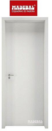 Porta de Abrir (Giro) Montada 1001 Em Madeira MDF Pintura Melanina Branca Fechadura e Maçaneta Roseta Externa Batente de 14 cm - Madebal