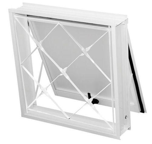 Oferta-Janela Maxim-Ar em Aço Branco Uma Seção 0,60 X 0,80 com Grade Xadrez Com Vidro - Requadro 12 cm - Gerotto Ellegance - Última Peça
