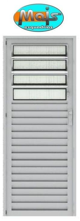 Porta de Abrir (Giro) em Alumínio Branco Com Basculante Vidro Canelado - Linha 25 Mais Esquadrias