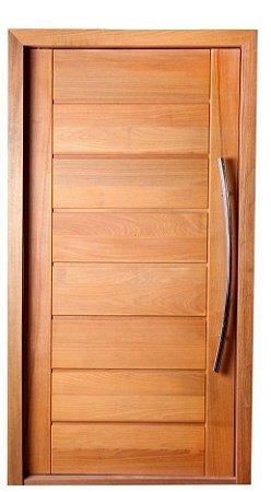 Porta de Abrir Pivotante Envernizada BBB em Madeira Tauari com Puxador Reto Fechadura Batente de 14 Cm - Mapaf