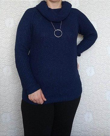 Blusa tricot azul marinho gola boba