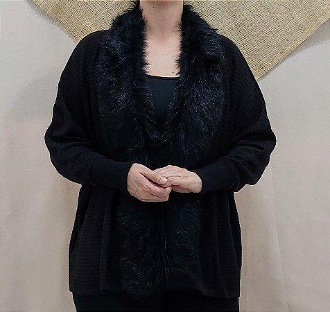 Cardigan preto com gola de pelo
