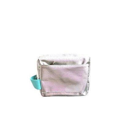 Necessaire Rafa prata diamante alça turquesa
