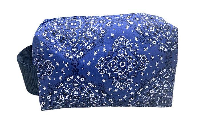 Necessaire quadradinha bandana azul com alça lateral azul