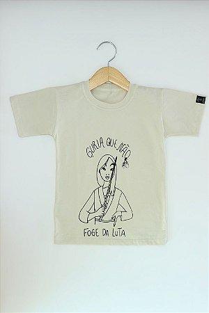 Camiseta Guria que nao foge da luta bege