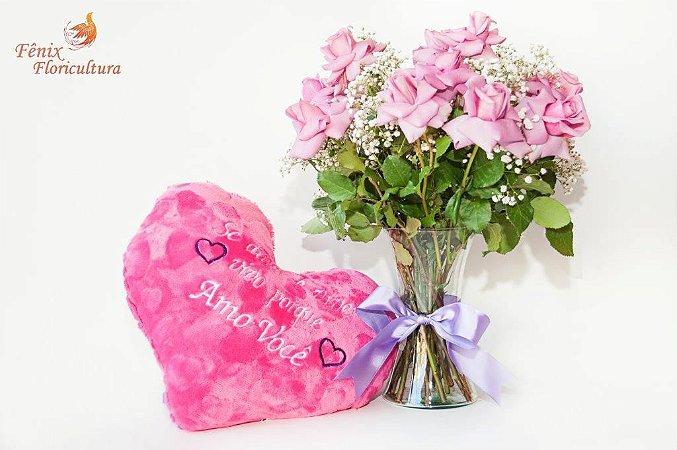 Luxuoso Arranjo de Rosas Lilás com Pelúcia