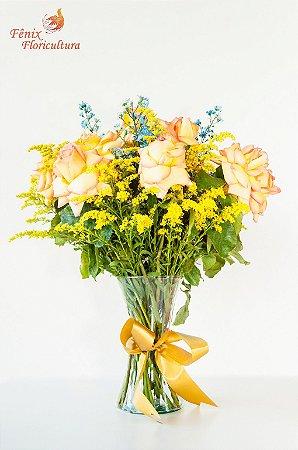 Surpreendente Arranjo de Rosas Amarelas