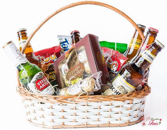 Cesta de Cerveja e Aperitivo com Ferrero Rocher