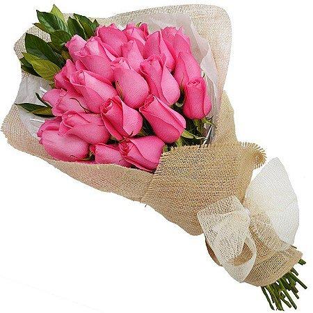 Buquê Rustico de 24 Rosas Colombianas Pink