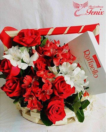 Admirável arranjo de Astromélia com Rosa e chocolate