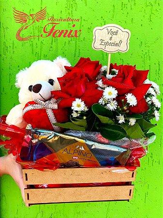 Mini caixinha de flores romântica