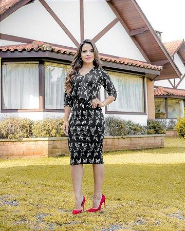 Vestido Moda Evangélica Tubinho em Jacquard Preto