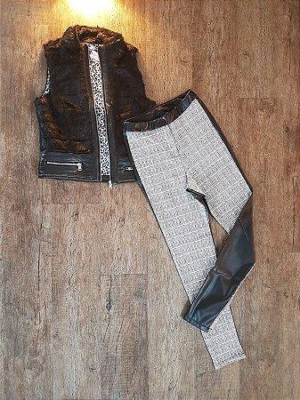 Calça Skinny Xadrez c/ Couro e Colete de Pelo Camada Detalhe em Couro - Pistis