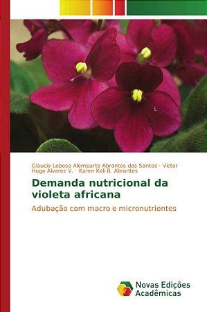 Demanda nutricional da violeta africana
