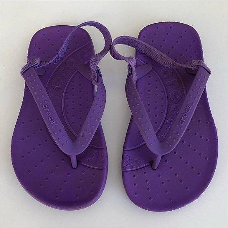 Chinelo Crocs - C10-11 / 27 Brasil