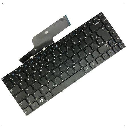 Teclado para Notebook Samsung Np300e4c Np305e4a Ad2br