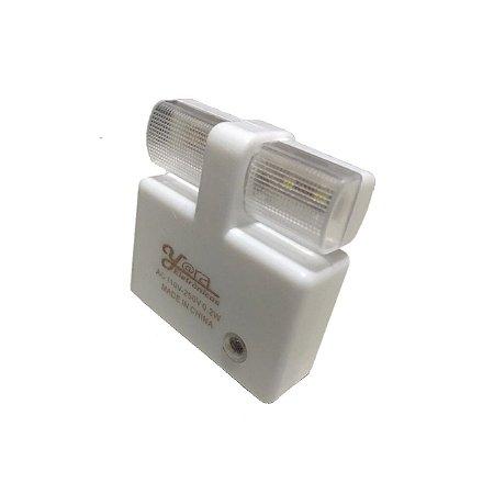Luz Noturna Bivolt Com Sensor Automático Led