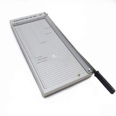 Guilhotina para cortar papel | Corta até 15 folhas Tam 46cm - Excentrix Feita totalmente em aço tratado