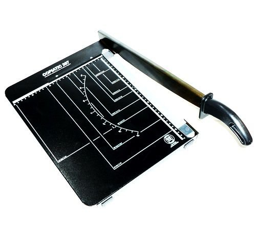 Guilhotina de cortar papel Copiatic - Tam.A4 para 10 folhas