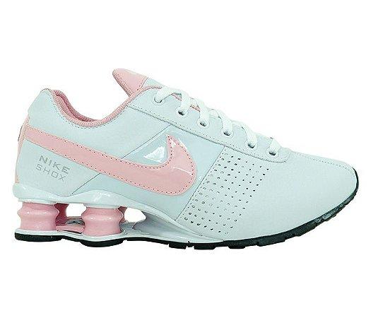 huge discount 9d23d b8e45 ... Tênis Feminino Nike Shox Deliver Branco e Rosa . ...