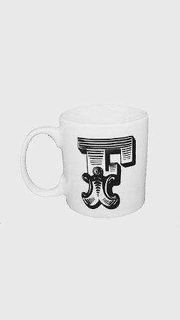 "Caneca Letras ""F"""