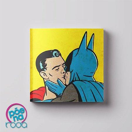 Imã Beijo Gay Batman e Super-Homem