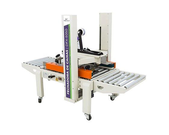 Fechadora de Caixas com tração lateral DFX5050