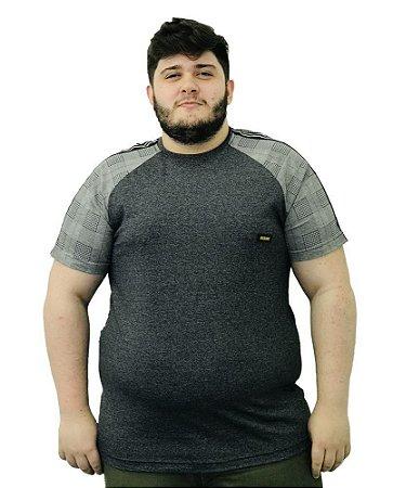 Camiseta Plus Size Masculina Overcore Cinza Manga Xadrez  A01