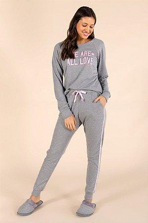 Pijama moletinho Mensageiro dos Sonhos