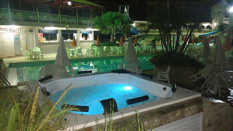 Spa Hidromassagem Azaléia Luxo Aqualax